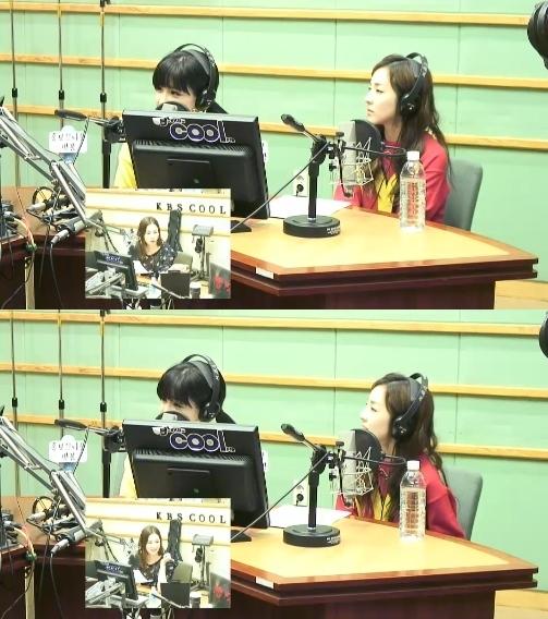 Park Bom và Dara trong chương trình radio ngày 9/4