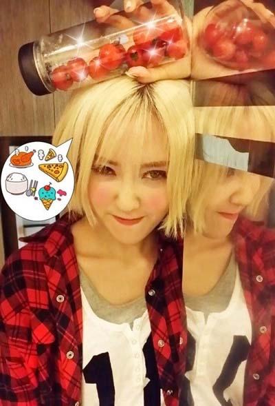 Hyomin khoe hình tạo nét mặt cực nhắng nhít