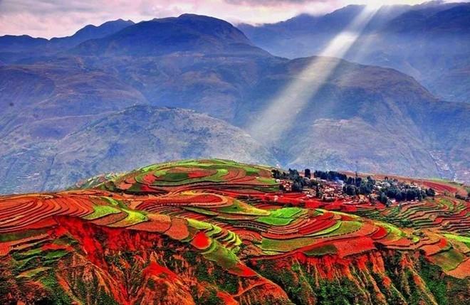 Ngỡ ngàng với vẻ đẹp của vùng Đông Xuyên