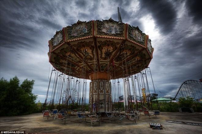 Công viên bị bỏ hoang gần 10 năm sau siêu bão ở Mỹ