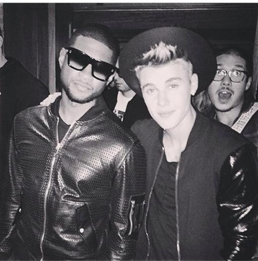 Justin Bieber đã có buổi gặp mặt với Usher sau buổi biểu diễn.