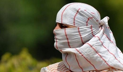 Trước đây, vào năm 1990, Ấn Độ cũng từng trải qua đợt nắng nóng khiến hàng nghìn người thiệt mạng. Hiện nay, người dân Ấn Độ mong muốn nhất là những cơn mưa để xua tan cái nóng chết người này.
