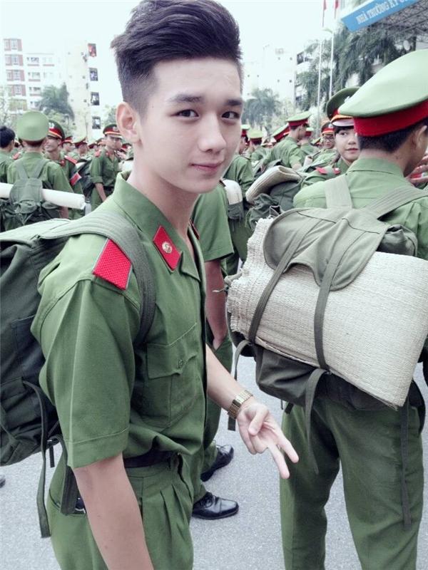 Với vẻ ngoài thư sinh, đẹp trai,Nguyễn Dũngđã hút hồn không biết bao cô gái trẻ.(Ảnh: Internet)