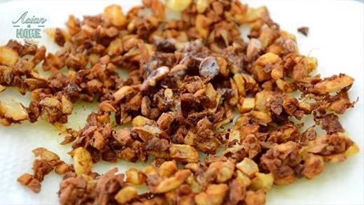 Cách nấu món cơm chiên hành phi thơm lừng