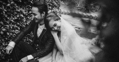 Ngắm nhìn Ái Phương dịu dàng, e ấp trong tà áo cưới
