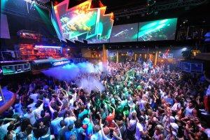 Trải nghiệm lễ hội EDM nổi tiếng thế giới ngay tại Việt Nam