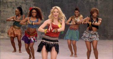 """Shakira tiếp tục """"đại náo"""" World Cup"""