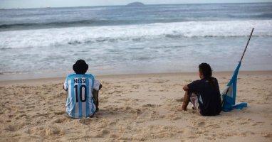 [Bóng đá] World Cup kết thúc, hàng nghìn CĐV Argentina trốn ở lại Brazil