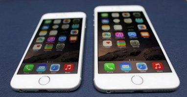 """Nhà sư và iPhone 6: """"Chỉ sờ máy lấy lộc cho cửa hàng"""""""