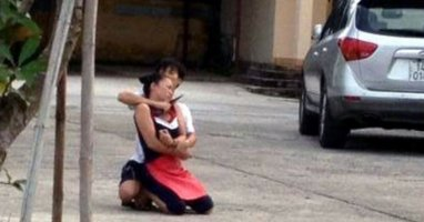 Giải cứu nữ chủ quán bị bắt làm con tin để khống chế công an