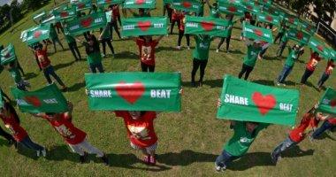 Ofans và fan Mỹ Tâm tưng bừng nhảy flashmob ủng hộ Heartbeat
