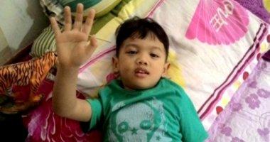 Bé trai 4 tuổi khỏe mạnh sau cú rơi từ lầu 10