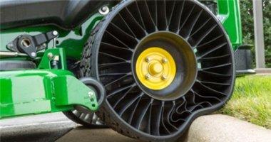Bắt đầu sản xuất lốp không hơi chống đinh và rung lắc