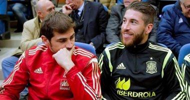 Iker Casillas móc trộm điện thoại của phóng viên