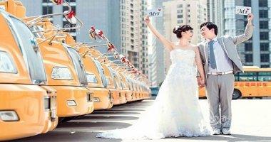 Loạt ảnh cưới nhắng nhít bên xe buýt trường học