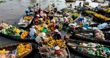 Các chợ quê lạ nhất miền Tây