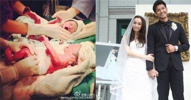 Cặp MC đình đám Đài Loan khoe ảnh cặp song sinh đáng yêu