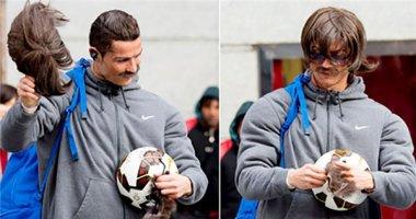 """Ronaldo làm """"cái bang"""" xuống phố"""