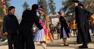 Những kiểu cầu hôn kỳ quặc ở Việt Nam