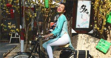 [Tết 2015] Thảo Trang cưỡi xe độc dạo phố xuân