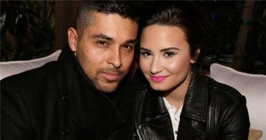 """Demi Lovato khiến bạn trai """"sốc"""" trong bữa tiệc sinh nhật"""