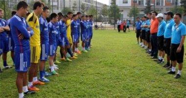 Công Vinh nhận lì xì may mắn trước ngày đá Cup C1 châu Á