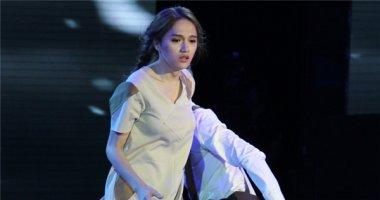 Hương Giang Idol mạnh mẽ chiến đấu với căn bệnh viêm phổi