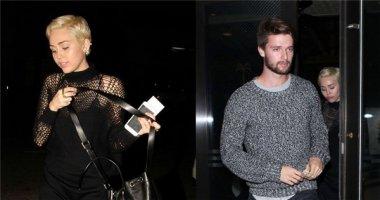 Miley Cyrus kín đáo bất ngờ đi ăn tối cùng mẹ chồng tương lai