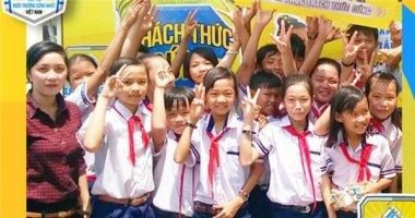 """Vì sao teen Việt ngày càng """"cứng"""" hơn?"""