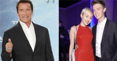 """""""Bố chồng hụt"""" tiếc nuối mối tình hoàn hảo của Miley Cyrus và con trai"""