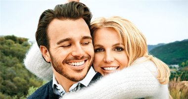 """Sau 8 tháng hẹn hò, Britney Spears lại """"độc thân vui tính"""""""