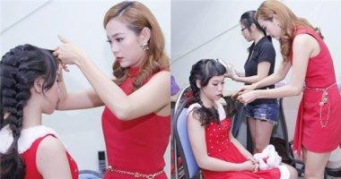 """Minh Hằng trực tiếp tỉa tóc cho thí sinh trước """"giờ chiến"""""""