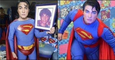 """Kì lạ: Dành hơn 20 năm để """"lột xác"""" thành... siêu nhân"""