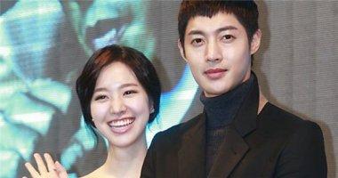 Jin Se Yeon nổi giận vì bị tố ngoại tình với Kim Hyun Joong