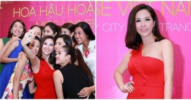 Hoa hậu Thu Hoài đọ dáng cùng người đẹp HHHV Việt Nam 2015