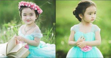 """""""Tan chảy"""" với nụ cười thiên thần của bé gái 3 tuổi"""