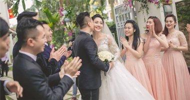 Ghen tị khoảnh khắc hạnh phúc bên chồng của á hậu Trà My