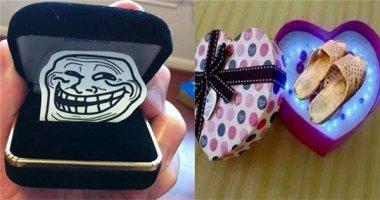 """Cười méo mặt với những món quà """"dư chất xám, thừa tính troll"""""""