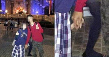 Rùng mình bức ảnh chàng trai chụp cùng bạn gái nhưng cầm tay ai?