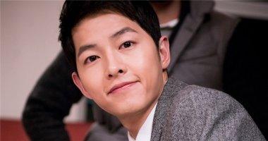 """""""Đại úy Yoo"""" Song Joong Ki hụt hẫng khi Hậu duệ Mặt Trời kết thúc"""
