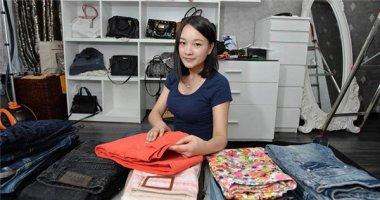 Cô gái 9x kiếm 35 triệu đồng/tháng nhờ đi gấp quần áo thuê