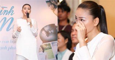 """Ngô Thanh Vân nghẹn ngào rơi nước mắt vì """"Vết sẹo cuộc đời"""""""