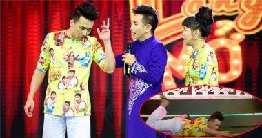 Trấn Thành bất ngờ ngã nhào trên sân khấu vì rối loạn tiền đình