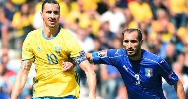 Khiêu khích trong trận, Ibrahimovic suýt tẩn Chiellini