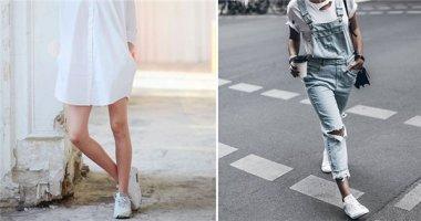 Mặc gì để diện cùng sneaker trắng?