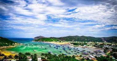 Khám phá vịnh Vĩnh Hy đầy thơ mộng bằng con đường mới