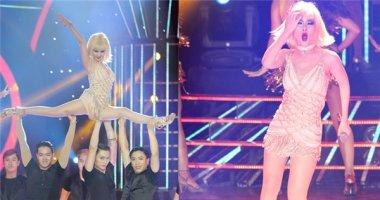 """Võ Hạ Trâm """"bốc lửa"""" khi hóa thân thành Christina Aguilera"""