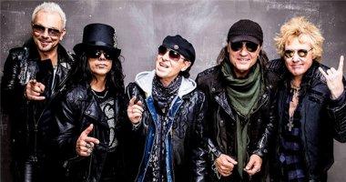 """Scorpions hứa """"thổi bay sân khấu"""" khi sang Việt Nam"""