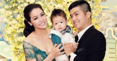 Vợ chồng Nhật Kim Anh hoành tráng mừng thôi nôi con trai
