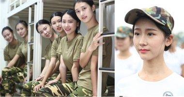 """""""Tan chảy"""" trước dàn nữ sinh học quân sự xinh hơn cả hoa hậu"""